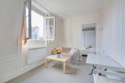 dernier-etage-paris-rue-lamblardie-salon1