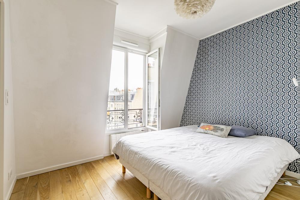 dernieretage-paris.com_chambre-fenetre