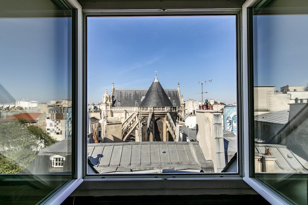 DERNIERETAGAE-PARIS.COM-VUE FENETRES